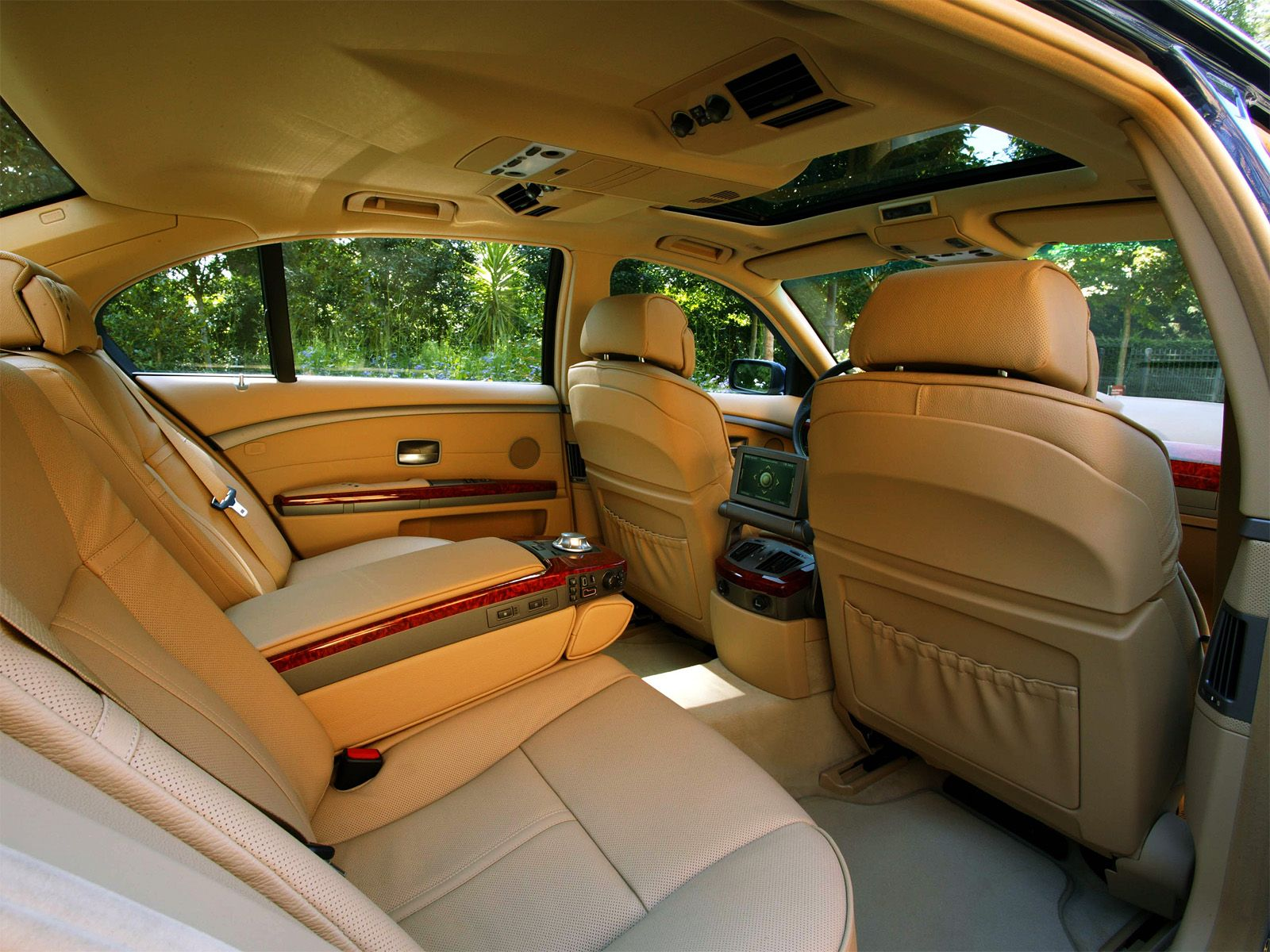 An e66 bmw 7 series lounge this one is the long version bmw 7 an e66 bmw 7 series lounge this one is the long vanachro Images