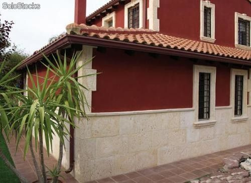 Fachada ladrillo con zocalo piedra buscar con google for Zocalo fachada exterior