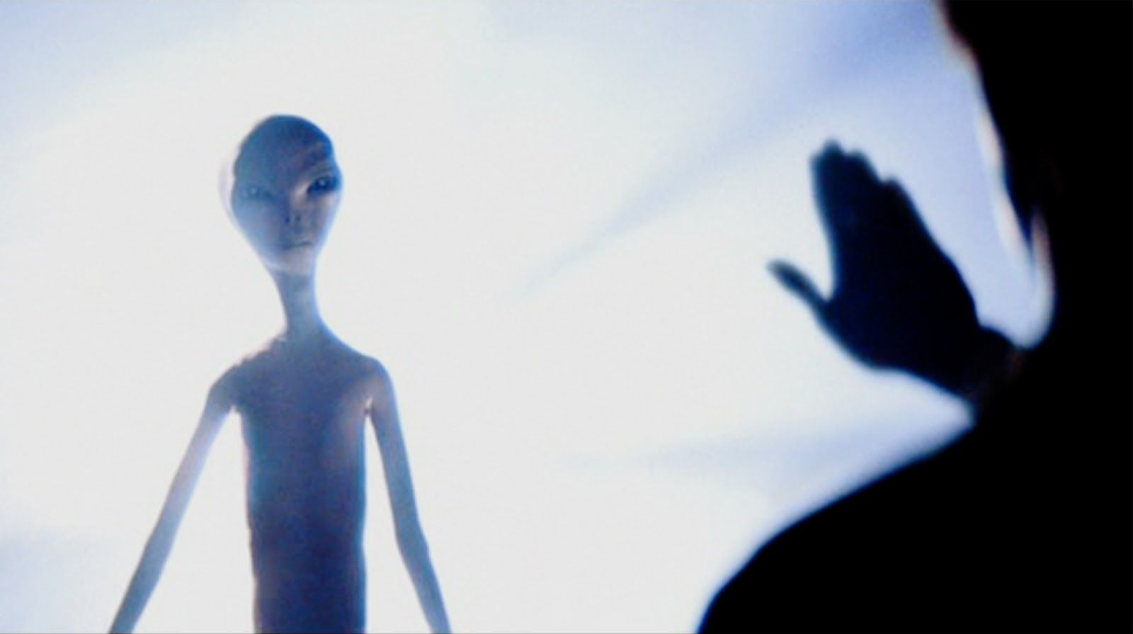 Close Encounters Of The Third Kind: Aliens In Light ...