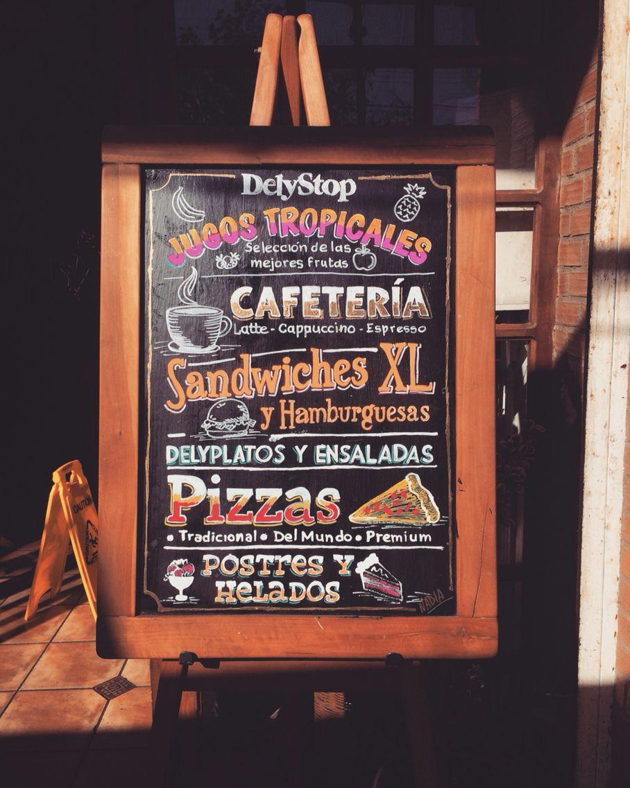 Pizarra para delystop restaurant cafeter a talagante chile pizarras pinterest pizarra - Pizarras de bar ...