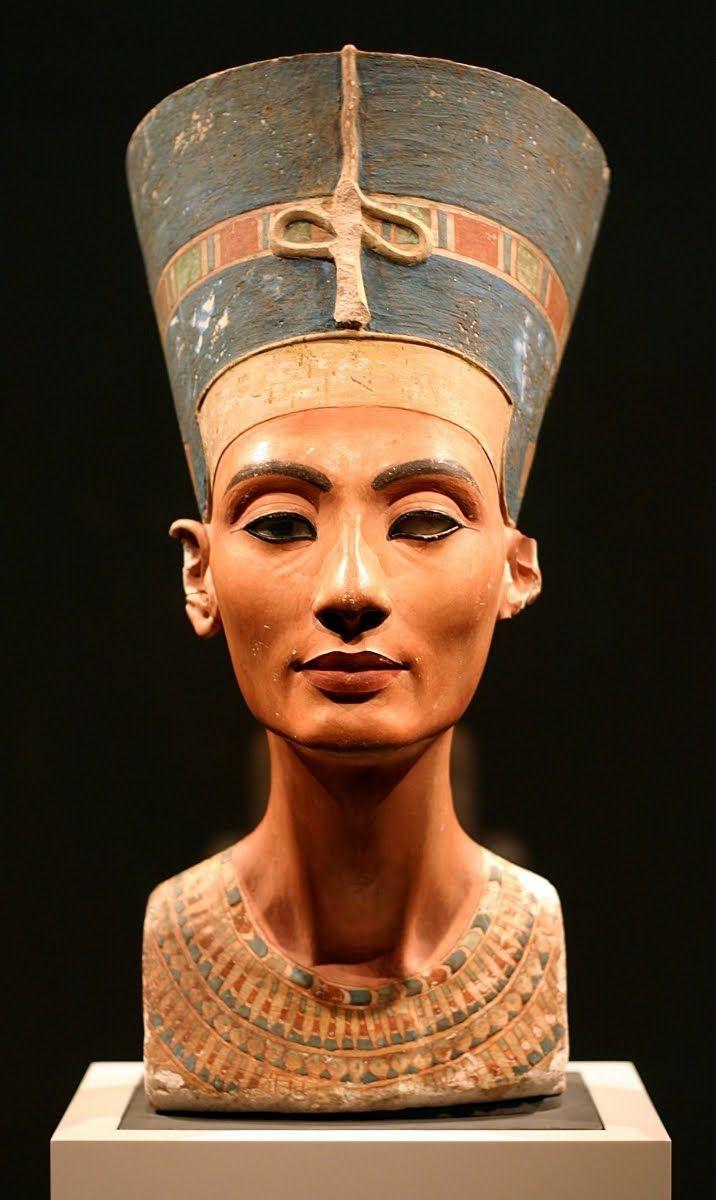 Pin Von Kathy Cieslewicz Auf Art Of Ancient Mediterranean Worlds Neues Museum Agyptische Kunst Buste Der Nofretete