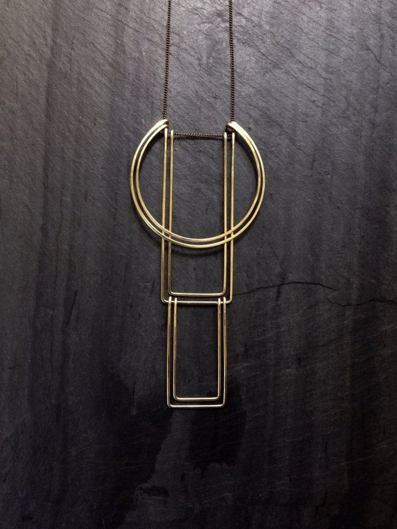 Geometrische Totem ketting architectonische juwelen gehamerd