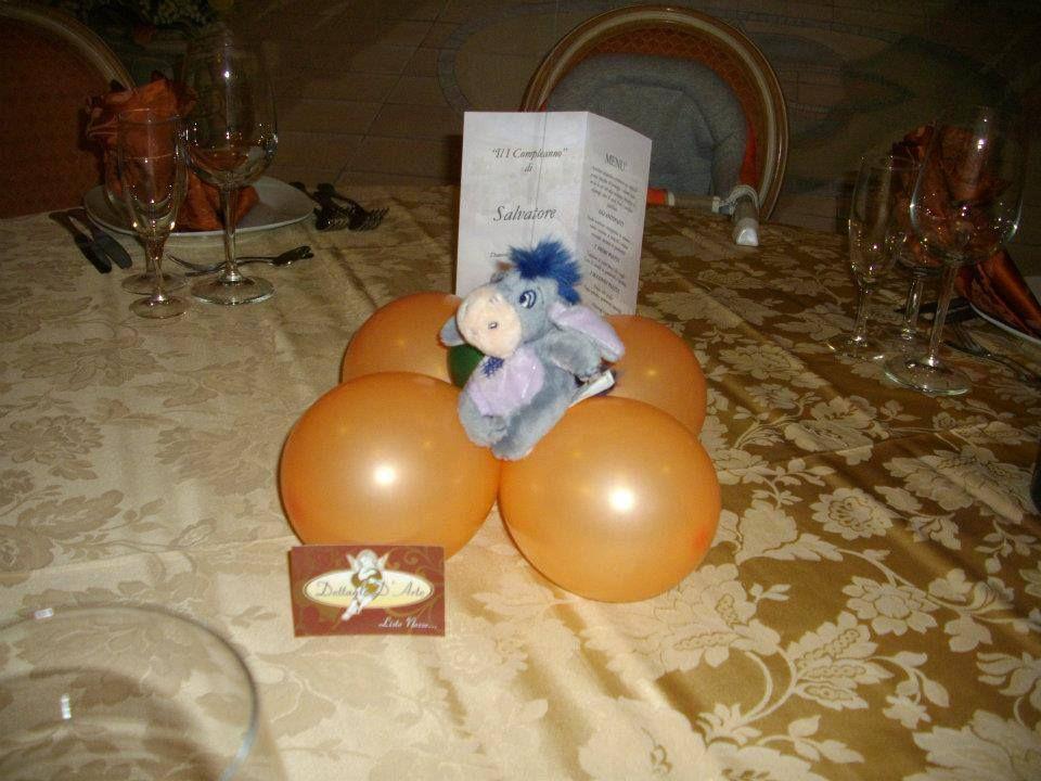 Centro tavola a tema della festa.