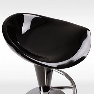 Våran härliga barstol Milano. Kommer i 2 pack, du får 2 moderna barstolar till ett fantastiskt pris. Kolla in den på vår sida iooba.com ! #barstol #möbler #inredning #stolar #stil #design #hemmet #nytt