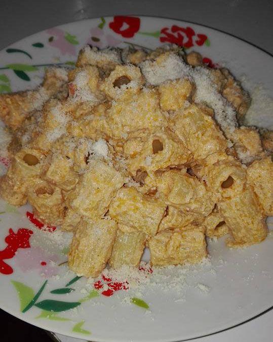 Pasta ricotta e guanciale primi piatti pinterest for Primi piatti cucina romana
