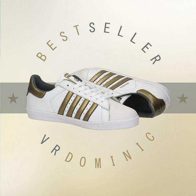 Warna Dasar Putih Klasik Vr Dominic Dilengkapi Corak Emas Yang Berkilau Pasti Ardiles Sneakers Lover Tertarik Kan Dapatkan Produk Terlar Warna Berkilau Emas