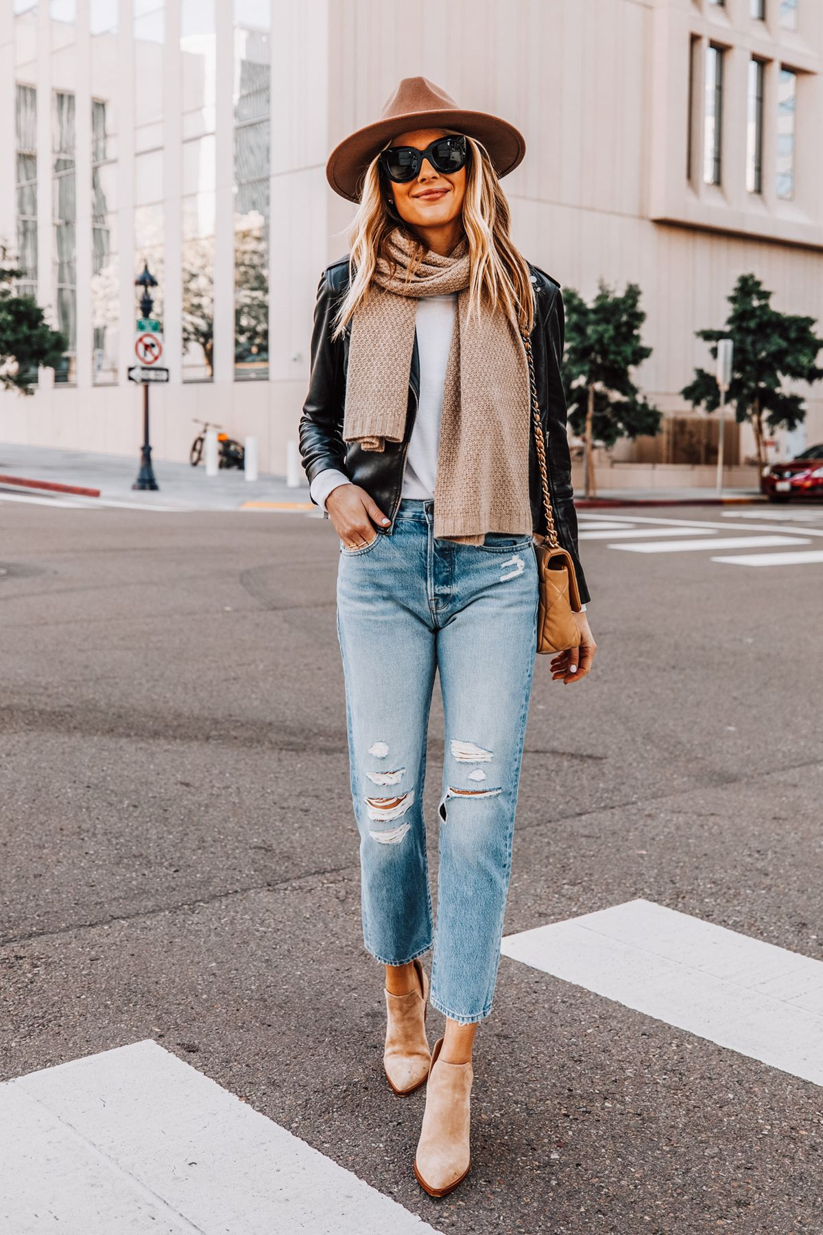 How to Style a Black Leather Jacket For a Cold Winter Weekend | Fashion Jackson