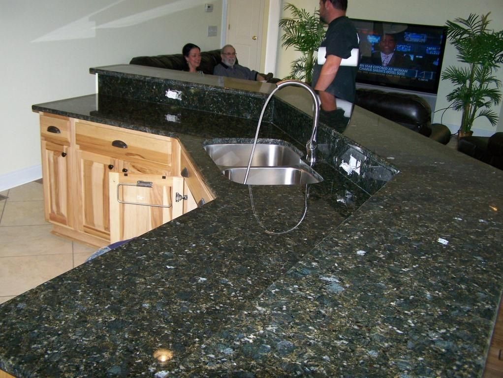 Verde Butterfly In 2020 Green Granite Countertops