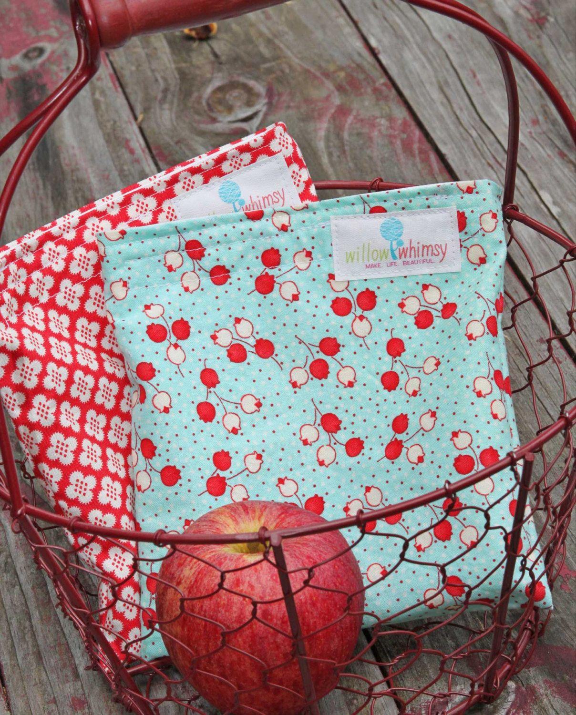 Reusable Sandwich Bag Tulips Handmade by Willow Handmade. $7.00, via Etsy.