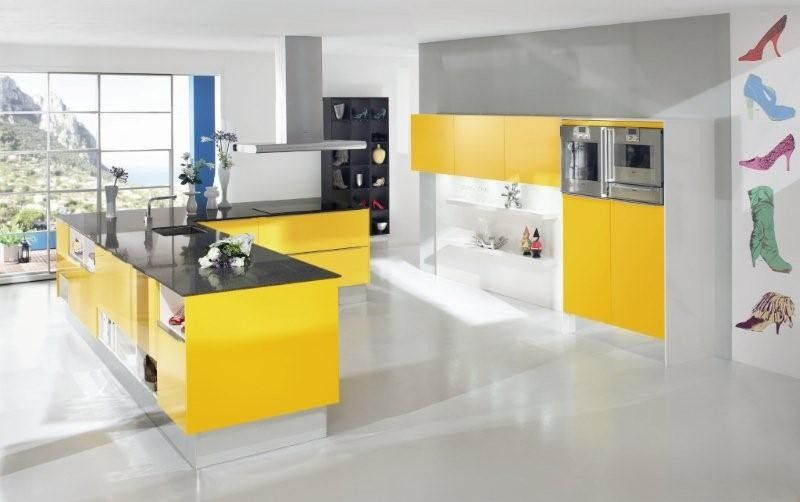 cuisine modèle 5699 xl en laque jaune brillante, idée de