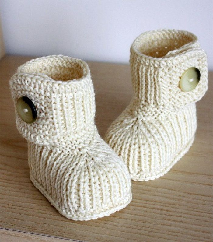 Baby Bootie Knitting Patterns | Dk weight yarn, Baby boots and ...