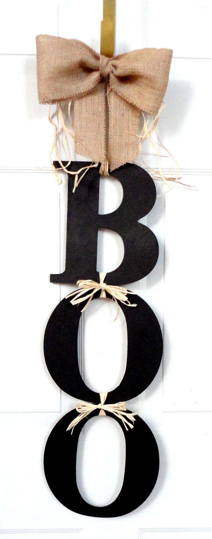 LARGE!!! BOO - Halloween Wreath - Fall wreath - Mesh Wreath - door decoration halloween