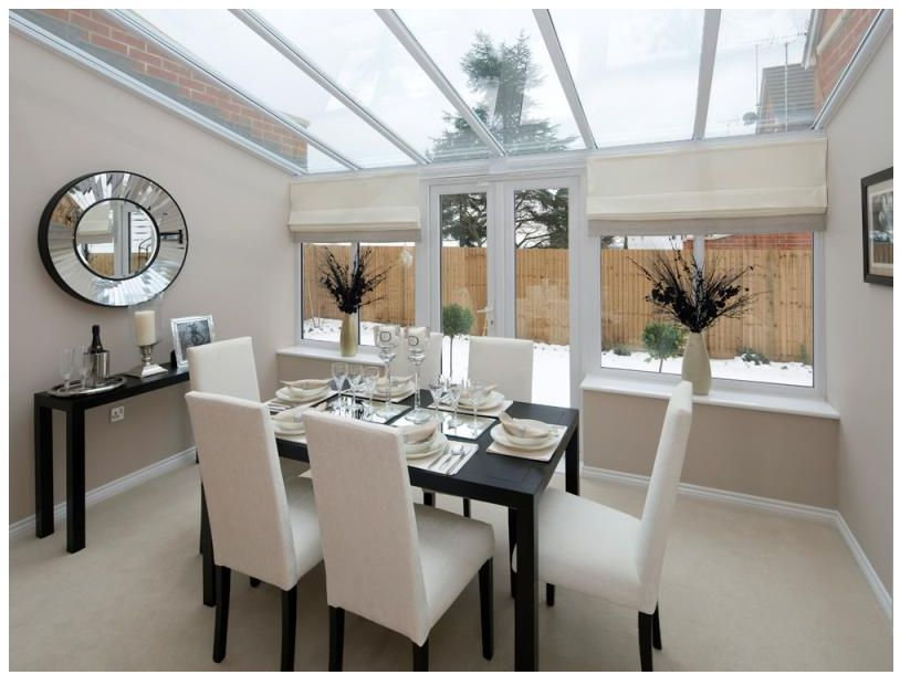 Modern and airy dining conservatory room newhomes for Small contemporary dining room ideas