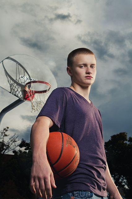 Seattle Basketball Senior Portrait   Seattle, Portraits ...