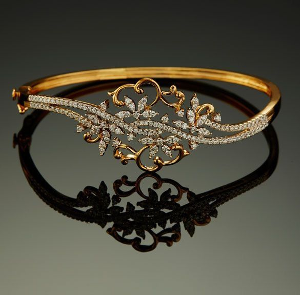 Traditional Indian Design Diamond Bracelet