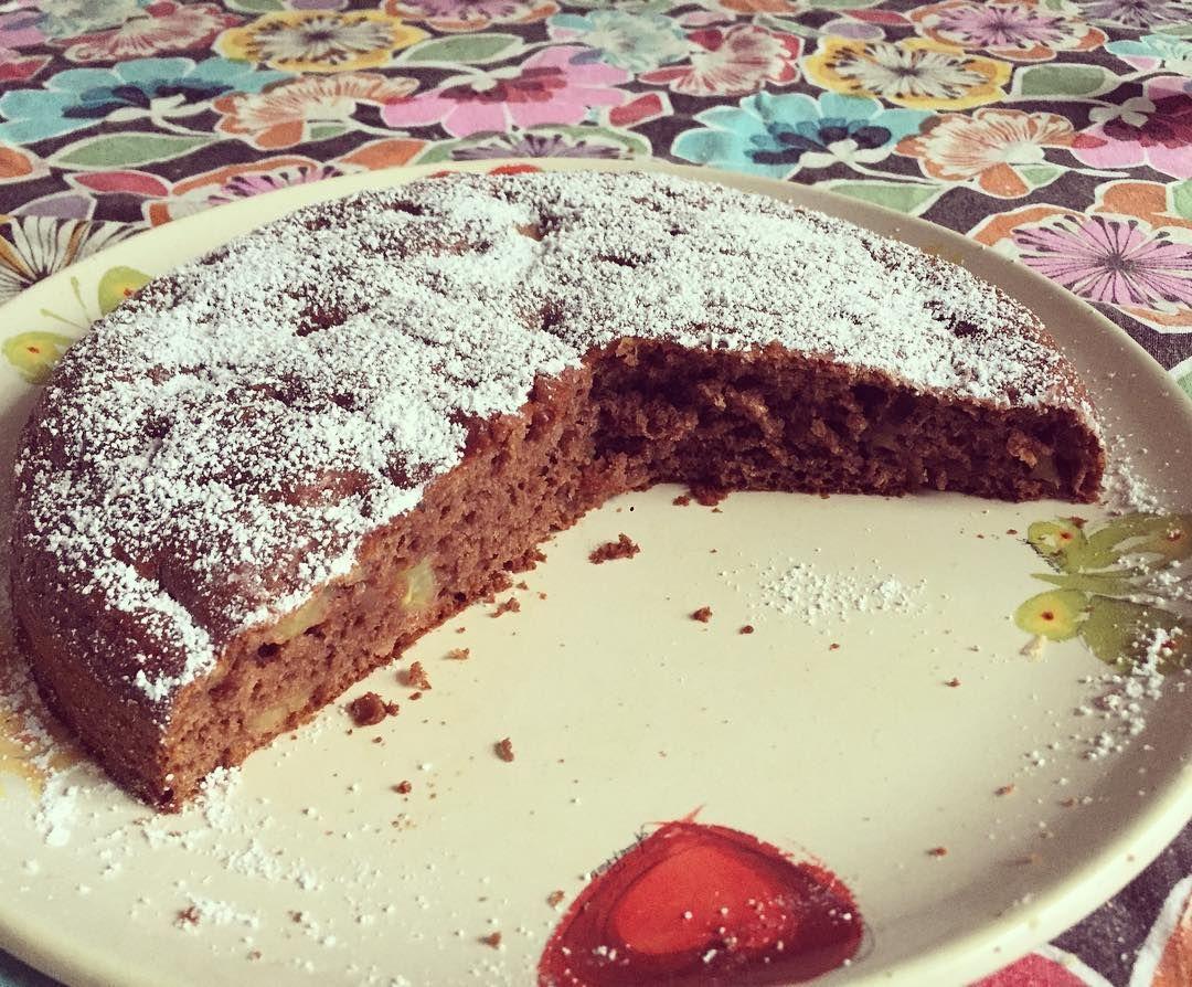 Torta alle mele e cioccolato  #love #bakery #cake #pie #sweet #food #instafood #instagood #instadaily #tattoo #ink #inked #yummy #boy #woman #chocolate #apple #fun #girl