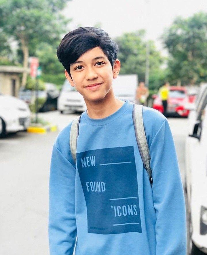 Pin Oleh Calixto Carpon Di Abunsungkar Fotografi Remaja Selebritas Remaja