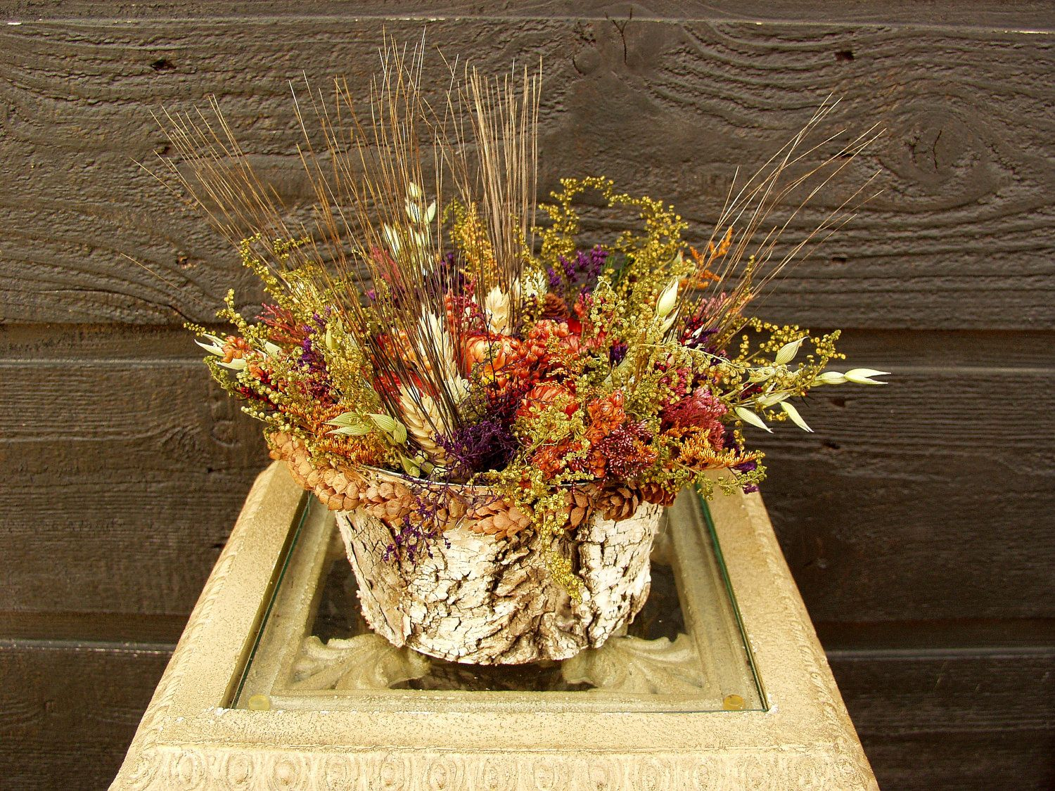 Wheat Floral Dried Flower Arrangement With Sweet Annie Strawflowers And Wheat 021 Dried Flower Arrangements Dried Flowers Flower Arrangements