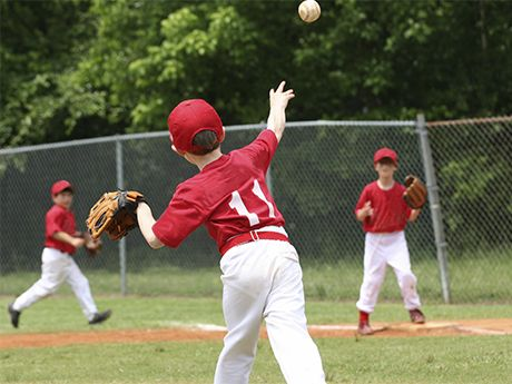 Drill Of The Week Figure 8 Baseball Drill For Kids Baseball Drills Kids Baseball Baseball Coach