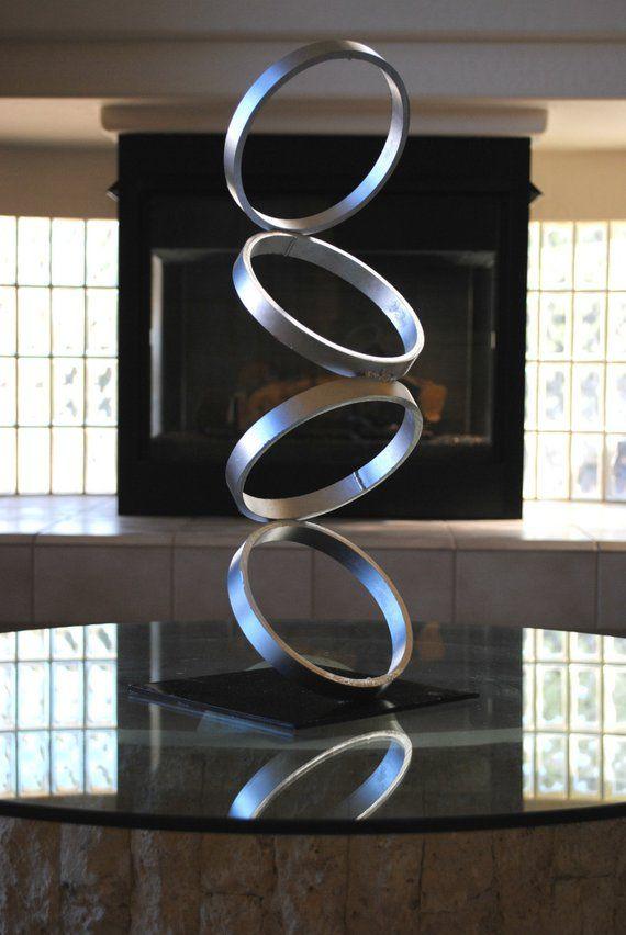 Au milieu du siècle moderne métal Sculpture moderniste Simple décor contemporain Art abstrait par Petrykowski oeuvres d'art