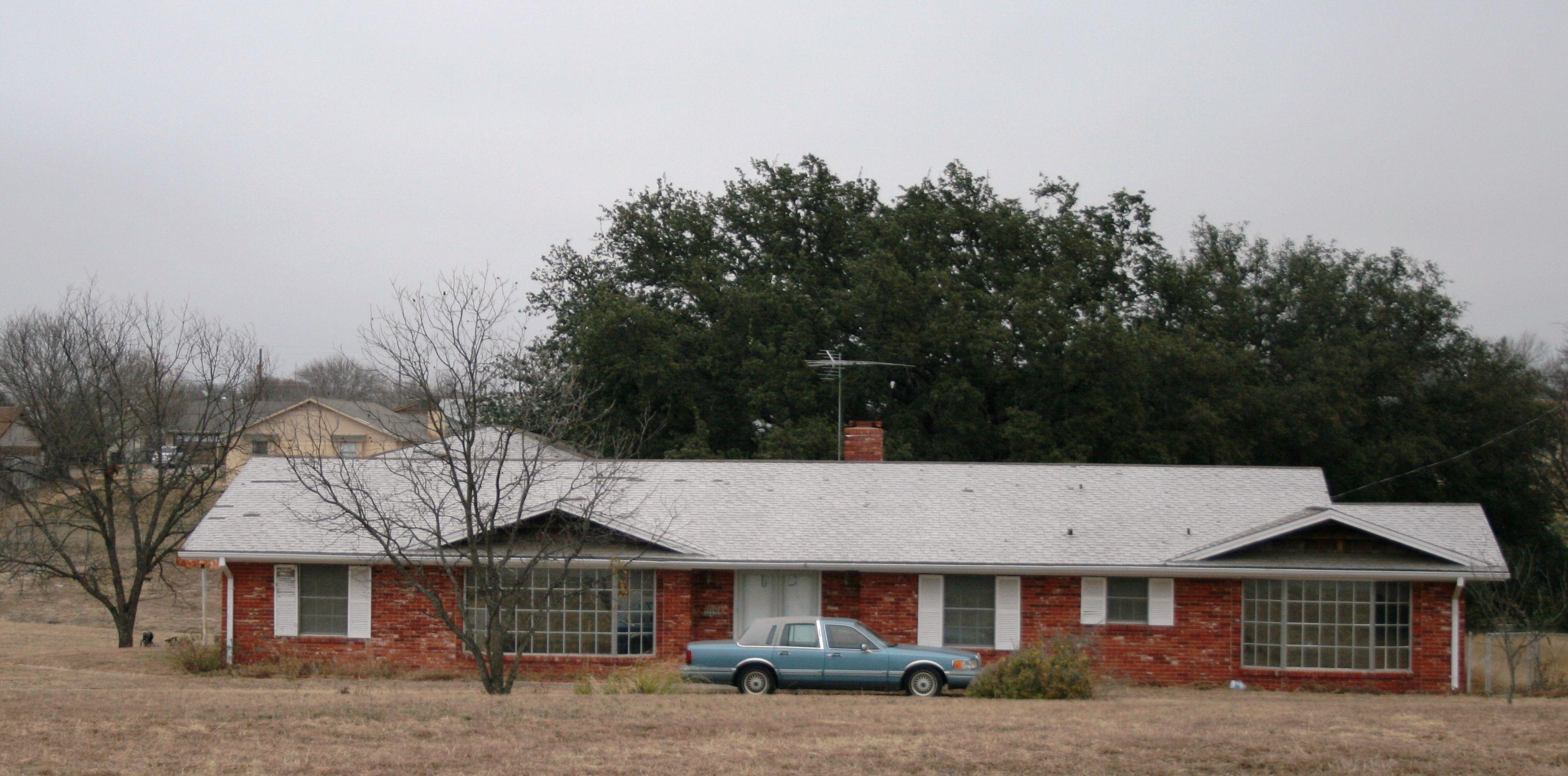Home For Sale Killeen Texas 3100 Sf Home On 8 5 Acres In Killeen Texas Horses Ok 4 Bedroom 3 Bath 2 Living 2 D Texas Homes For Sale Killeen Texas Homes