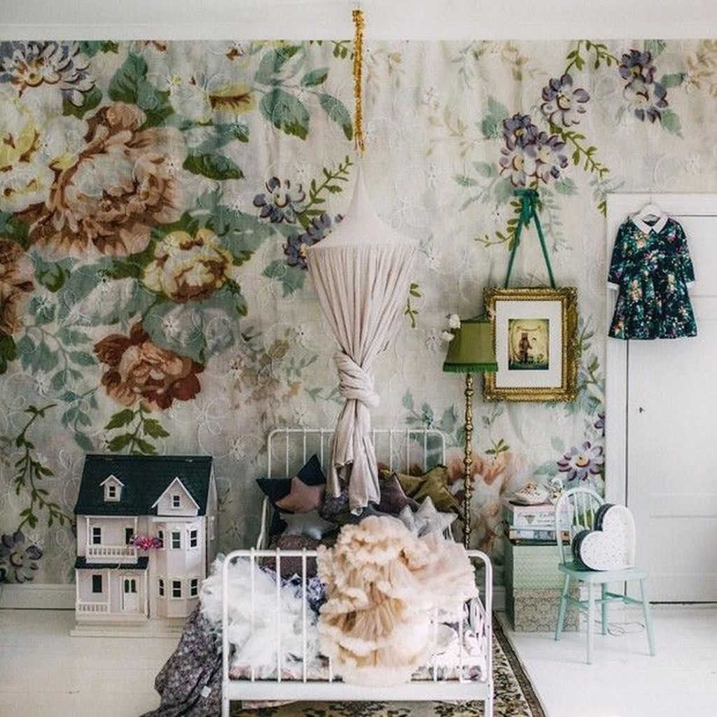 37 Beautiful Floral Bedroom Decor Ideas Vintage Girls Rooms