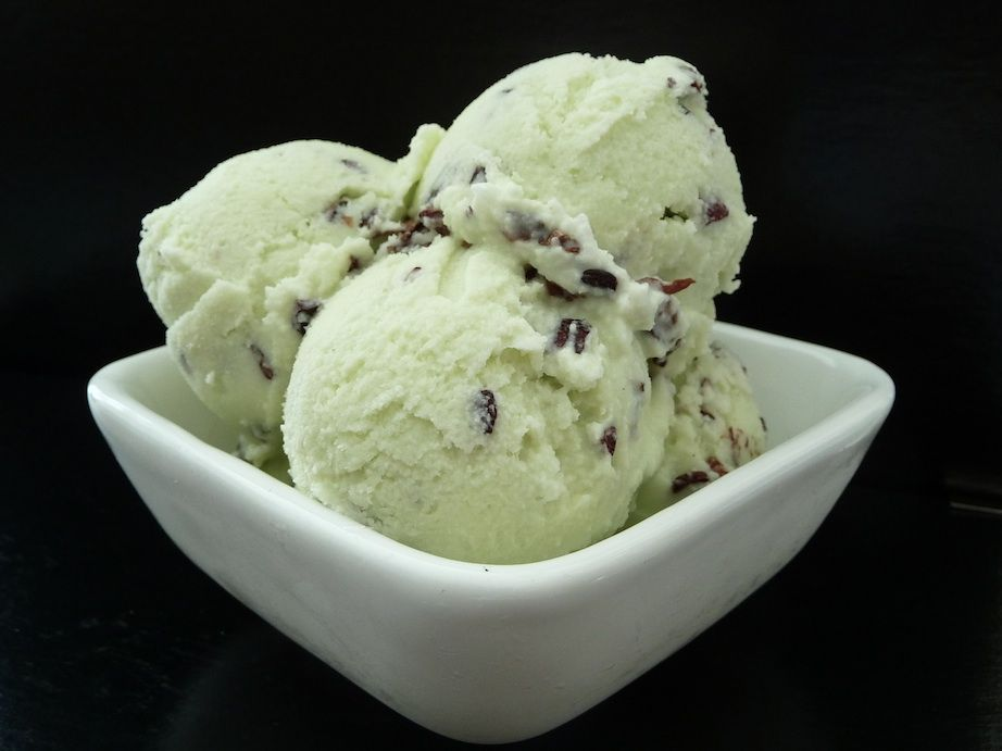 Cocoa nibs and mint ice cream
