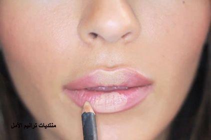 كيفية تصغير الشفايف بالمكياج 2017 How To Collapse Lips Makeup منتديات ودي شبكة عصرية متكاملة Lips Fuller Eyeshadow Makeup Beauty Makeup