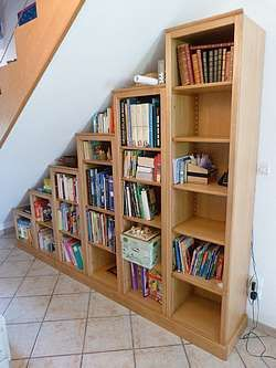 biblioth que sous escalier bibliotheque pinterest. Black Bedroom Furniture Sets. Home Design Ideas