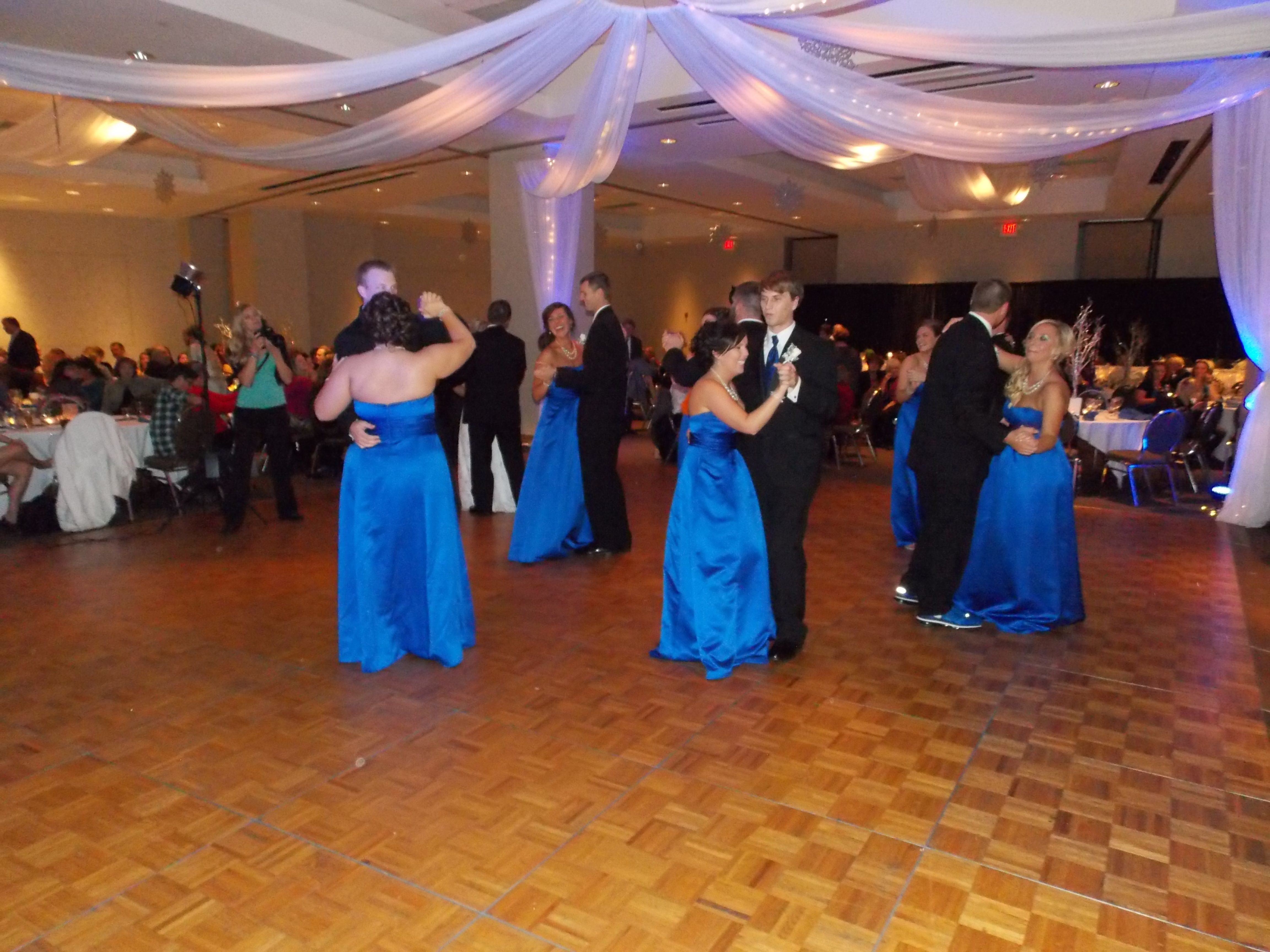 The Wedding Party Dance At The I Wireless Center Moline