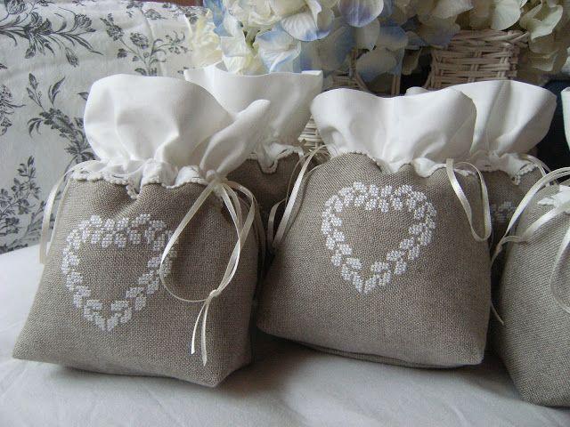Lavender bags .. pochettes brodées (Görüntüler ile