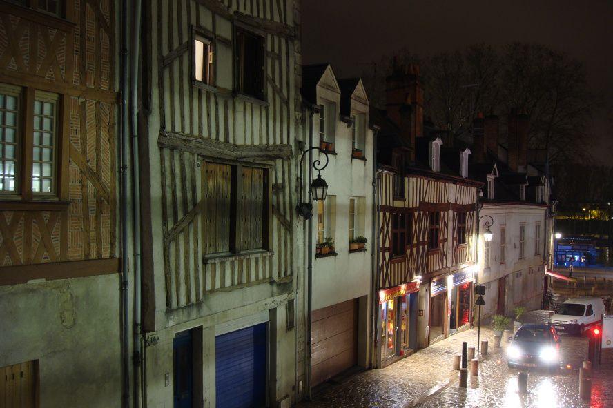 Orléans by night. Photo Martina Gracin