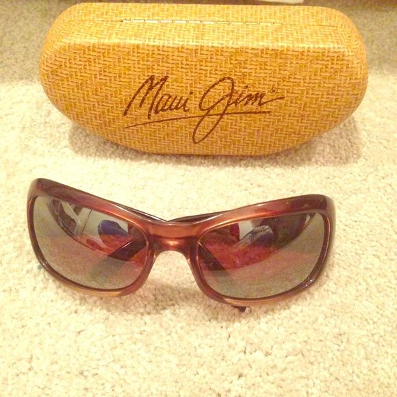 7fae832863 Maui Jim Pearl City Polarized Sunglasses Women s chocolate fade Maui rose  colored pearl city sunglasses. Polarized! Worn a good bit
