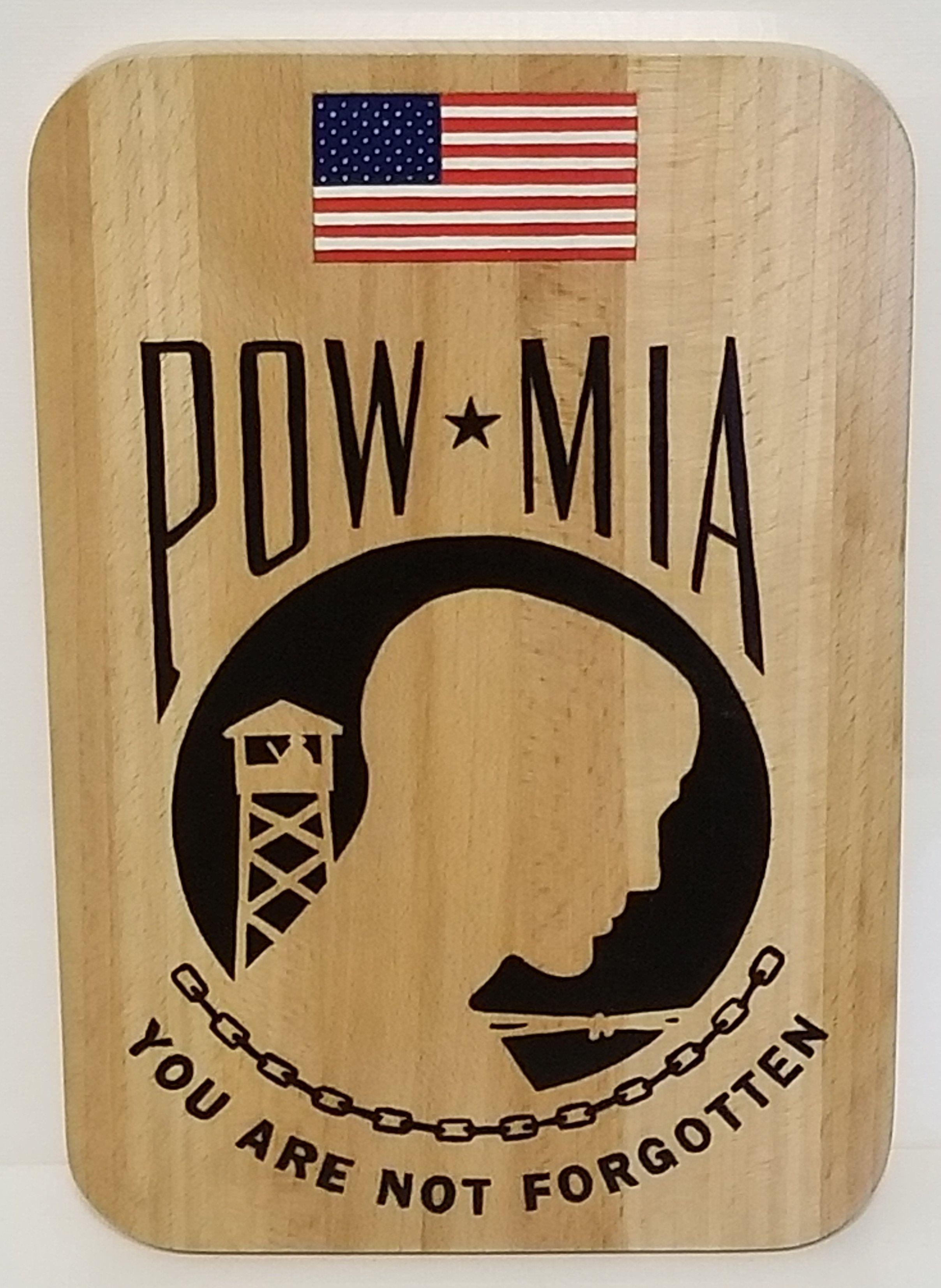 hand painted POW/MIA solid wood plaque Plaque design