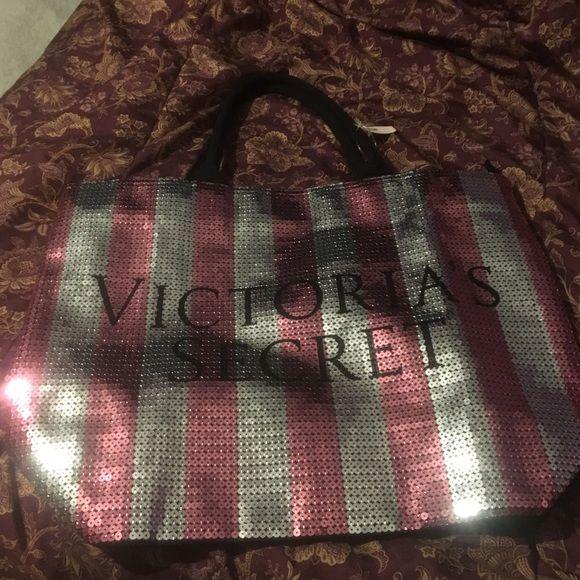 Victoria Secret tote bag BRAND NEW Victoria secret tote bag Victoria's Secret Bags Totes