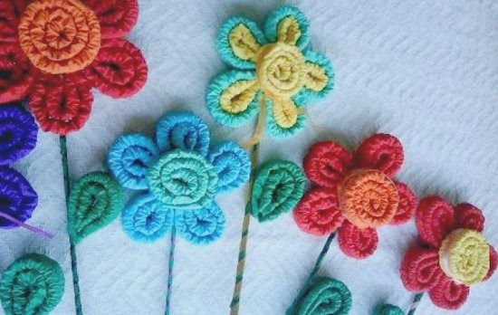 Flores de papel crepe corrugado para ni os manualidades - Manualidades para ninos con papel ...