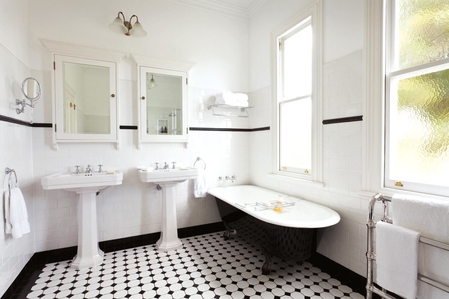 1920s Style Bathrooms That Inspire Rue Art Deco Bathroom Art Deco Bathroom Tile Bathroom Styling