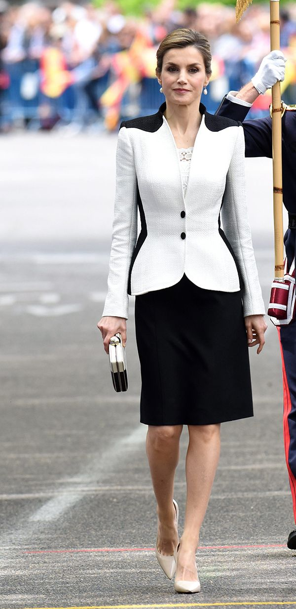 Queen Letizia - Felipe Varela black and white raffia skirt suit and guipure  top a7597430f0f6