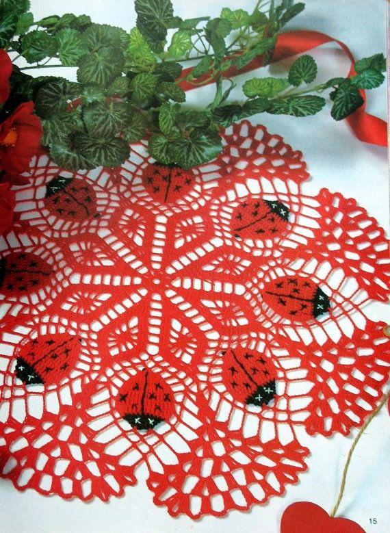 crochet doily, table decoration, center piece \