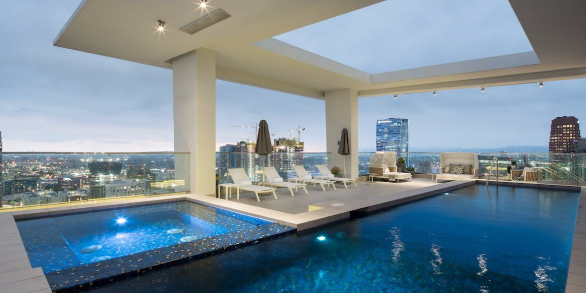 Inside Los Angeles Most Expensive Apartment Rental A Two Story Penthouse With A Heated Rooftop Pool And A 100 000 A Month Price Tag Luxury Apartments Luxury Penthouse Rooftop Pool