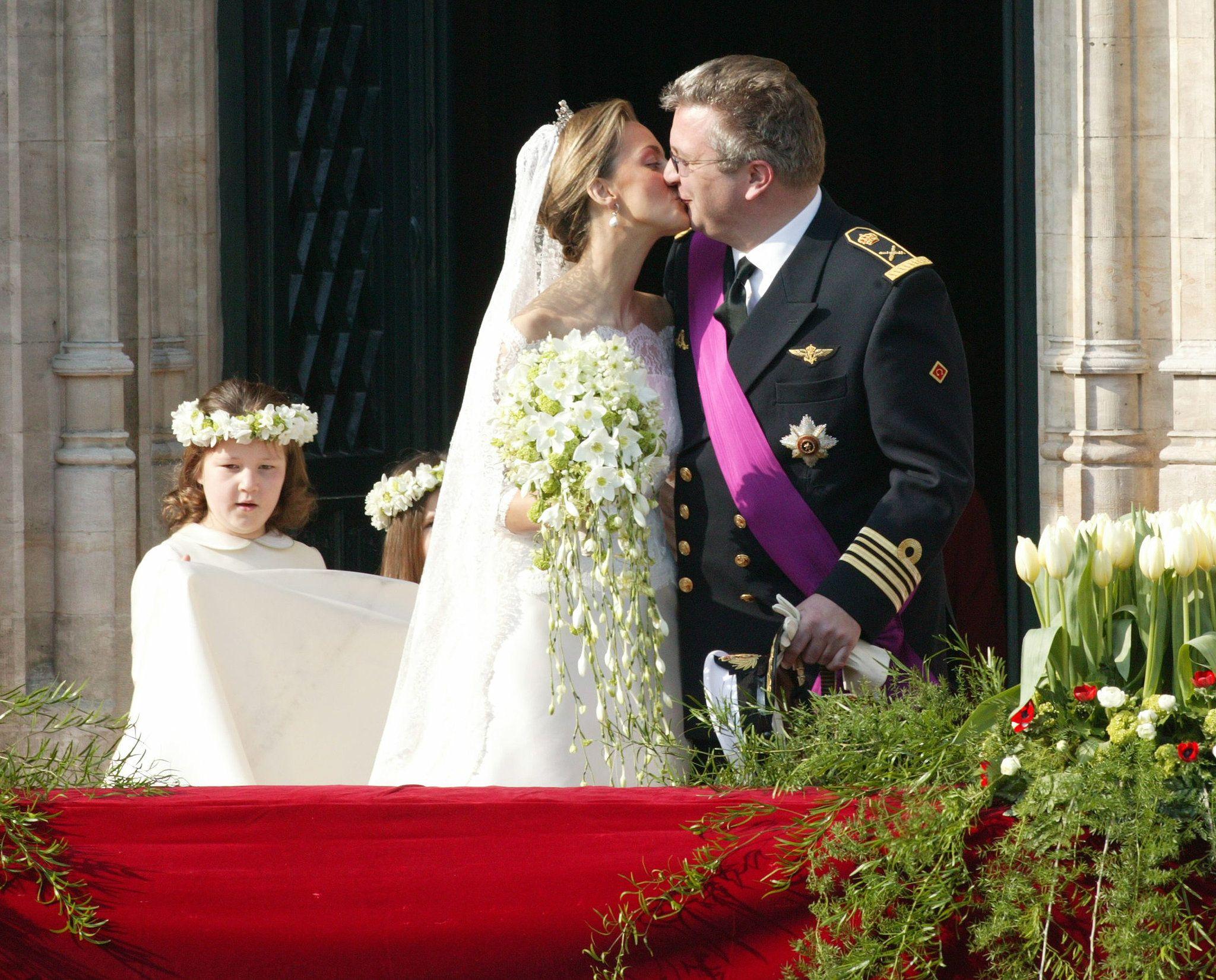 Prince Laurent And Claire Coombs Royal Weddings Royal Wedding Dress Bride [ jpg ]