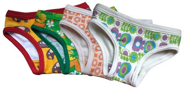 Patron gratuit : slip / culotte pour enfant de 2 ans