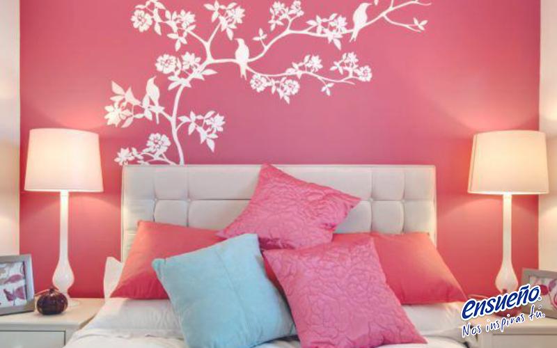 Pintar es una de las ideas más económicas, rápidas y sencillas para renovar tu #habitación. ¿Por qué no pruebas cambiar el color de una pared? Verás cómo enseguida cambia completamente. #Casa #cuarto #pintura #decoración #Ensueño #inspiración #DIY #hogar