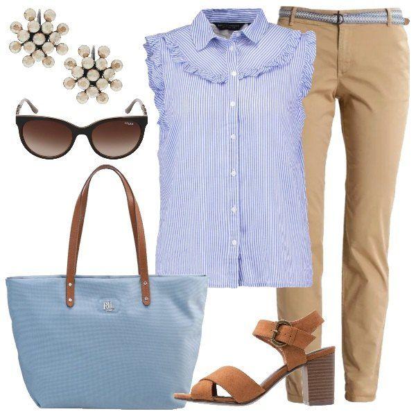 24d175f58b2c L' outfit è composto da camicia giromanica blue a righe con colletto  italiano e pantalone chino beige.