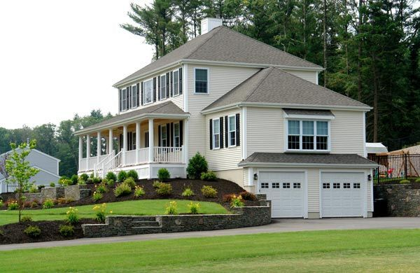 I Like This Look With The Garage Under The House Colonial House