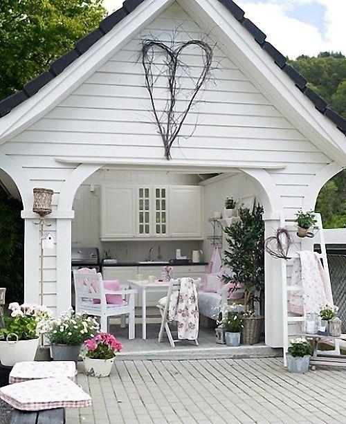 Gartenhaus in weiß | utestue | Pinterest | Gartenhäuser, Gärten