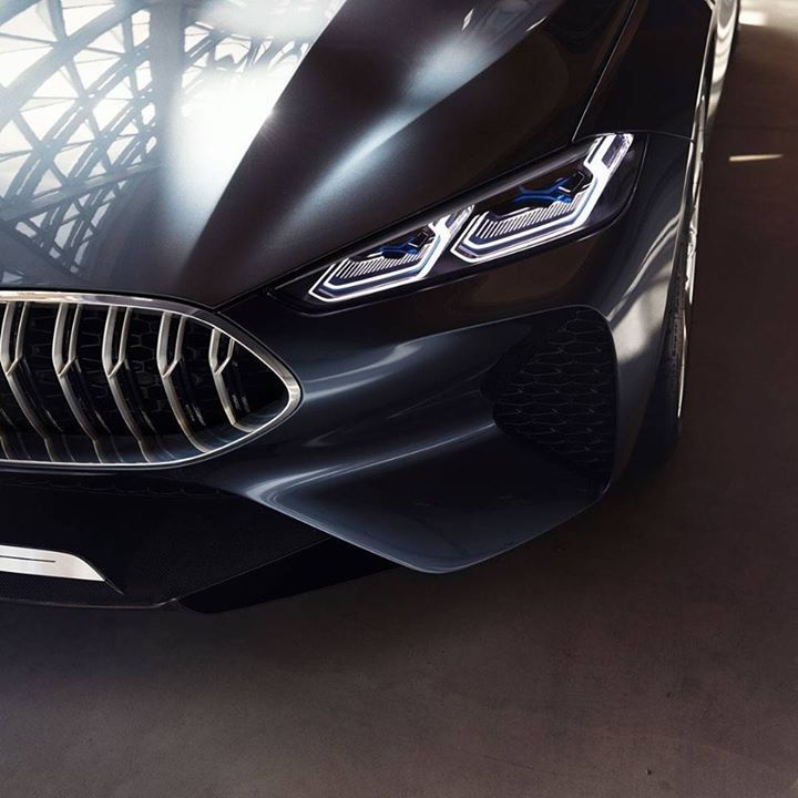 Perfect dynamics meet timeless elegance. The BMW Concept