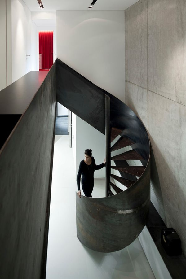 Best Modern Apartment With A Sleek Sculptural Staircase 400 x 300