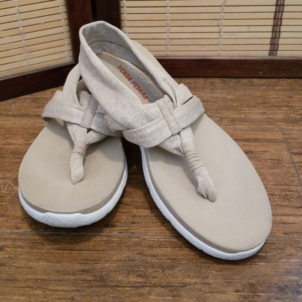 Skechers Shoes Skechers Yoga Mat Sandals Color Cream White