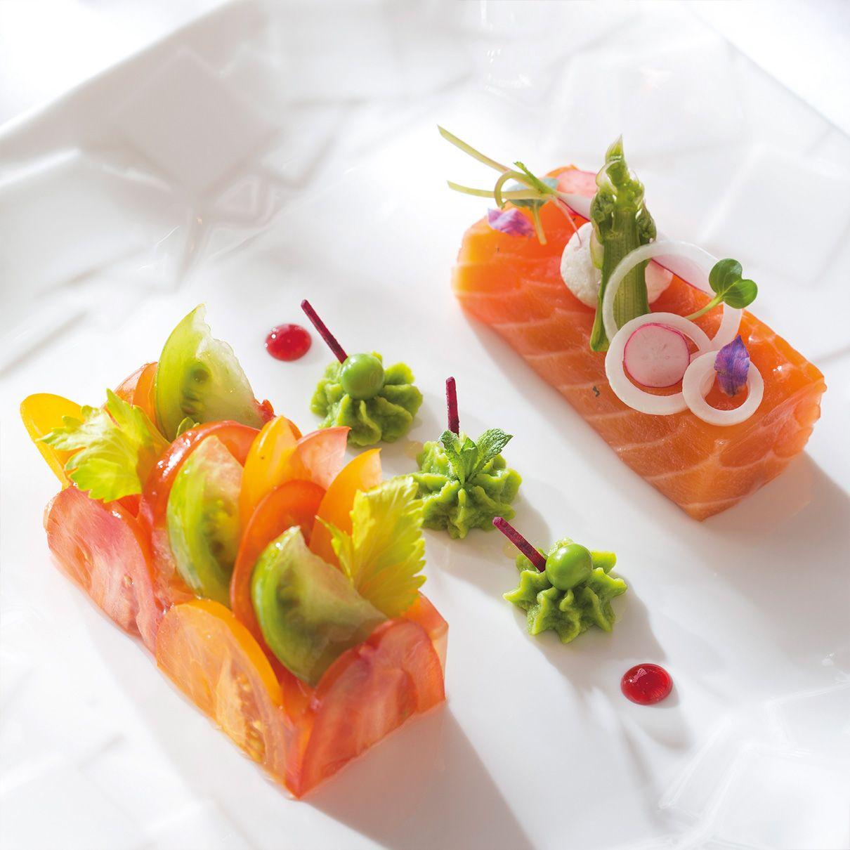 Saumon bio cuit au sel fum chantilly de petits pois la for Entree gastronomique